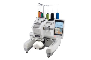 Foto: Brother PR 670E Stickmaschine mit 6 Nadeln